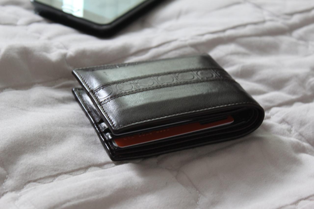 ヴィトン財布のお手入れ1