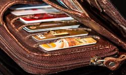 ブランド財布を長く綺麗に使うためのお手入れ方法