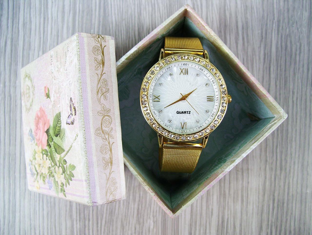 ヴィトン腕時計の商品知識2