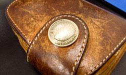 隠れた人気?カルティエのブランド財布の秘密