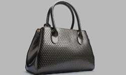 多くの女性を魅了する世代別ブランドバッグについて