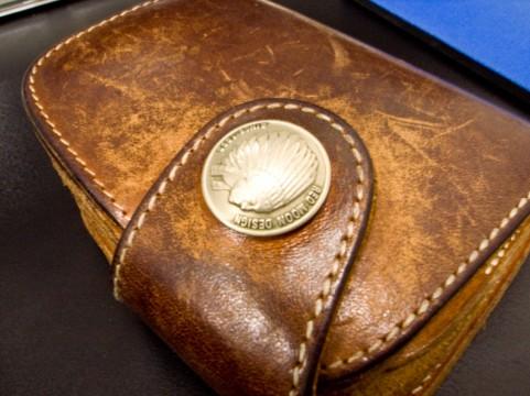 カルティエ財布の選び方1