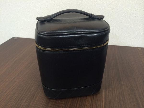 シャネル・ラムスキン・バニティのハンドバッグを買取 神戸 板宿店