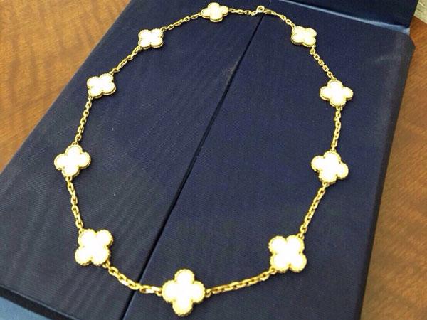 ヴァンクリーフ&アーペル・アルハンブラ10Pのネックレスを買取|神戸|ラポルテ芦屋店