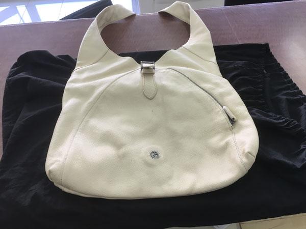 ジョルジオアルマーニ・レザー・ワンショルダーのバッグを買取|大阪|吹田店
