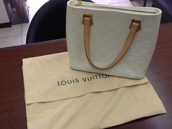 ヴィトン・ヴェルニ・ヒューストンのバッグを買取 神戸 六甲道店