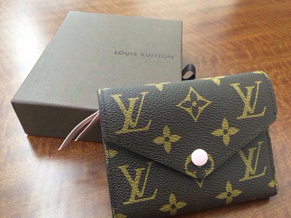 ヴィトン・ポルトフォイユ・ヴィクトリーヌのバッグを買取 神戸 神戸店