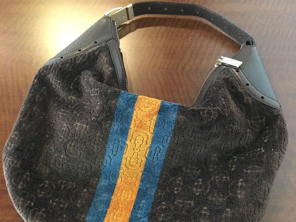 グッチ・スエード・ロゴのショルダーバッグを買取 神戸 兵庫店