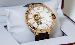 お手入れ万全で、カルティエを腕時計を末永く