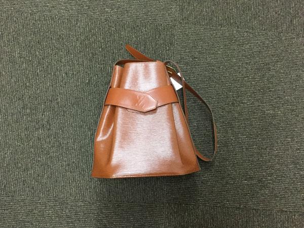 ヴィトン・エピ・サックデポールのバッグを買取|大阪|茨木店