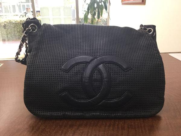 シャネル・キャビアスキンのチェーンショルダーバッグを買取|神戸|神戸店