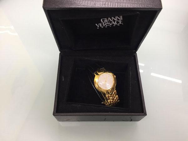 ジャンニヴェルサーチ・メンズ・K18の腕時計を買取|神戸|夙川店