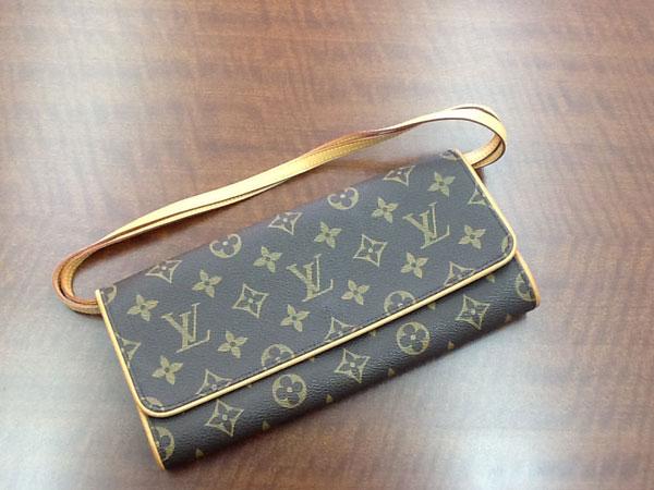 ヴィトン・モノグラム・ポシェットツインのショルダーバッグを買取 神戸 六甲道店