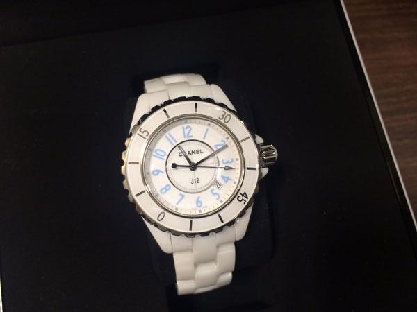 シャネル・J12・ブルーライト・H3826の腕時計を買取|神戸|新長田店