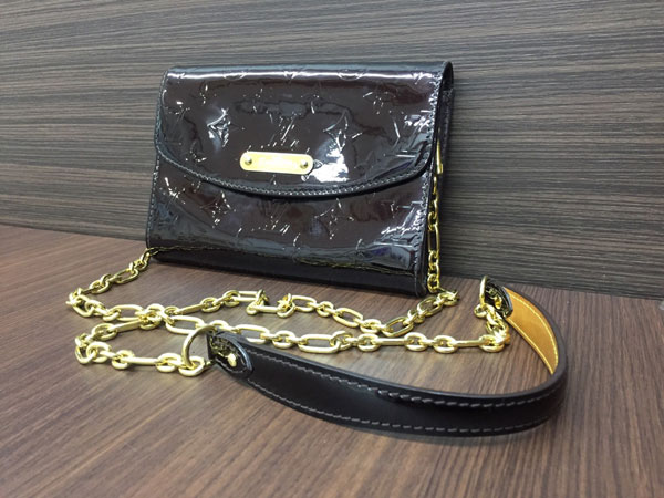 ヴィトン・ヴェルニ・ベル・エール・アマラントのバッグを買取|大阪|谷町店