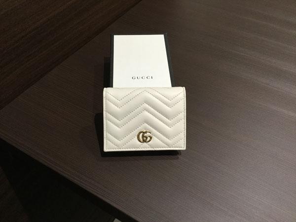 グッチ・GGマーモントの二つ折り財布を買取 大阪 天六店