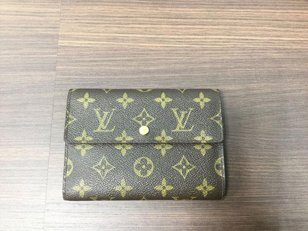 ヴィトン・モノグラムの3つ折り財布を買取 梅田 塚口店