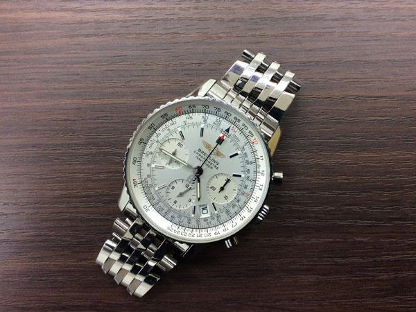 ブライトリング・ナビタイマー・A23322の腕時計を買取 難波 天王寺上本町店