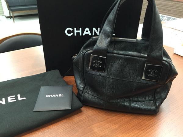 シャネル・チョコバー・レザーのハンドバッグを買取|岡崎|東岡崎店