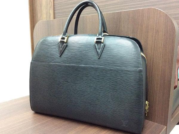 ヴィトン・エピ・ソルボンヌのバッグを買取 難波 天王寺上本町店