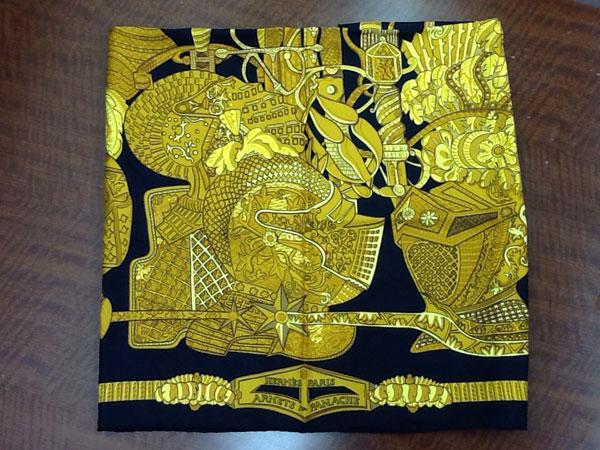 エルメス・カレ・羽飾りの騎兵兜を買取|名古屋|名古屋藤が丘店