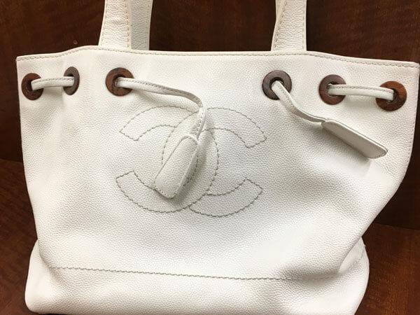 シャネル・キャビアスキンのハンドバッグを買取 名古屋 名古屋高畑店