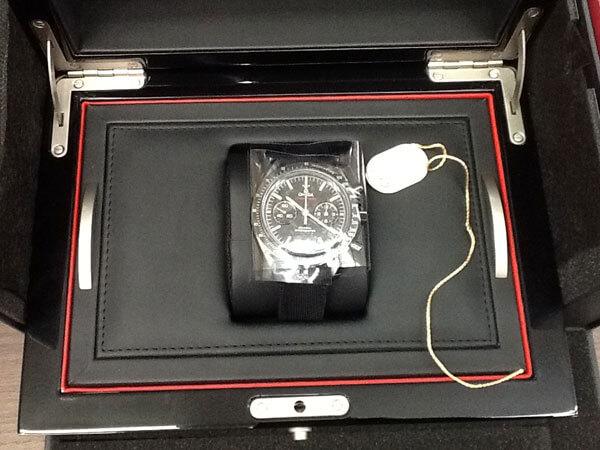 オメガ・スピードマスター・ダークサイドオブザムーンの腕時計を買取 名古屋 名古屋西店