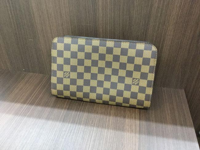ヴィトン・サンルイの財布を買取 大阪 茨木店