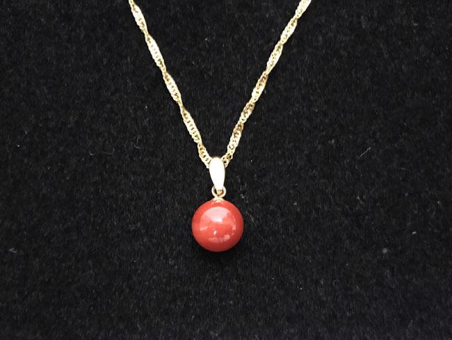 赤珊瑚・8.5mm付・K18のネックレスを買取 横浜 横浜センター北店