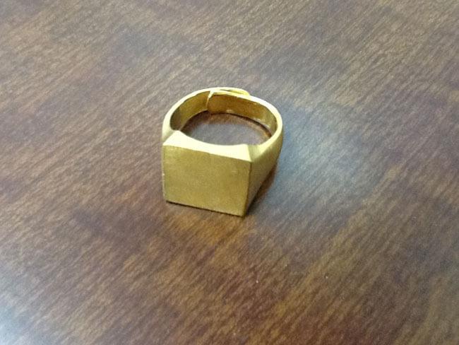 純金の印台リングを買取 神戸 垂水店