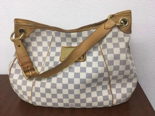 ヴィトン・アズール・ガリエラのバッグを買取|名古屋|名古屋瑞穂店