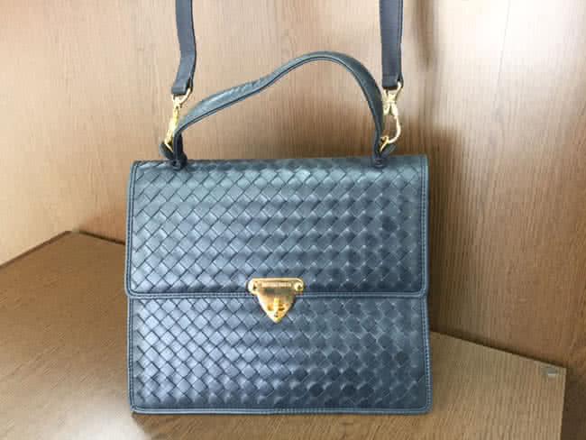 ボッテガヴェネタ・イントレ・2wayのバッグを買取|大阪|箕面店