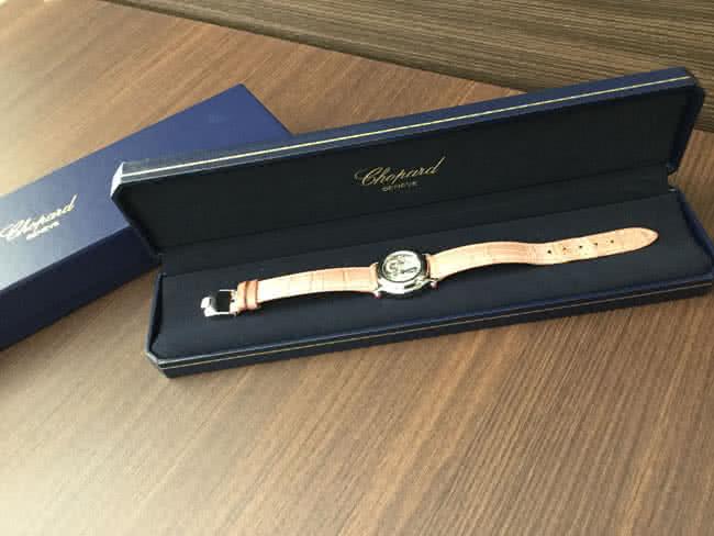 ショパール・ハッピースポーツの腕時計を買取|大阪|谷町店