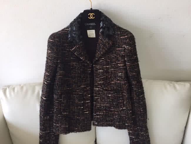 シャネル・ツイード・スパンコールのジャケットを買取|大阪|箕面店