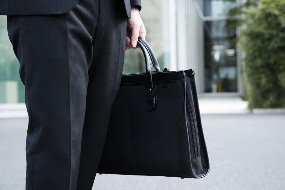 バッグで印象を変える!男性におすすめのビジネスバッグ