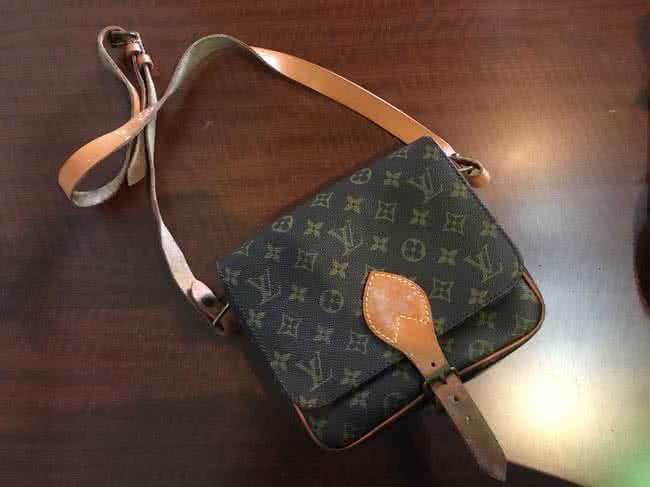 ヴィトン・モノグラム・カルトシエールのバッグを買取|神戸|兵庫店