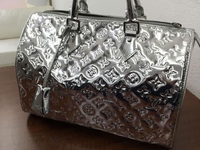 ヴィトン・ミロワール・スピーディ35のバッグを買取 神戸 ラポルテ芦屋店