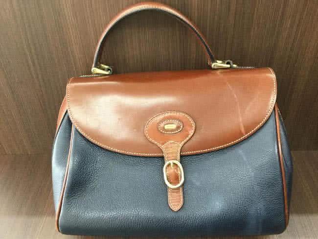 バリー・レザーのハンドバッグを買取 大阪 茨木店