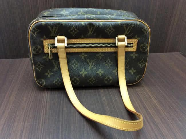 ヴィトン・モノグラム・シテMM・M51182のバッグを買取 梅田 都島店