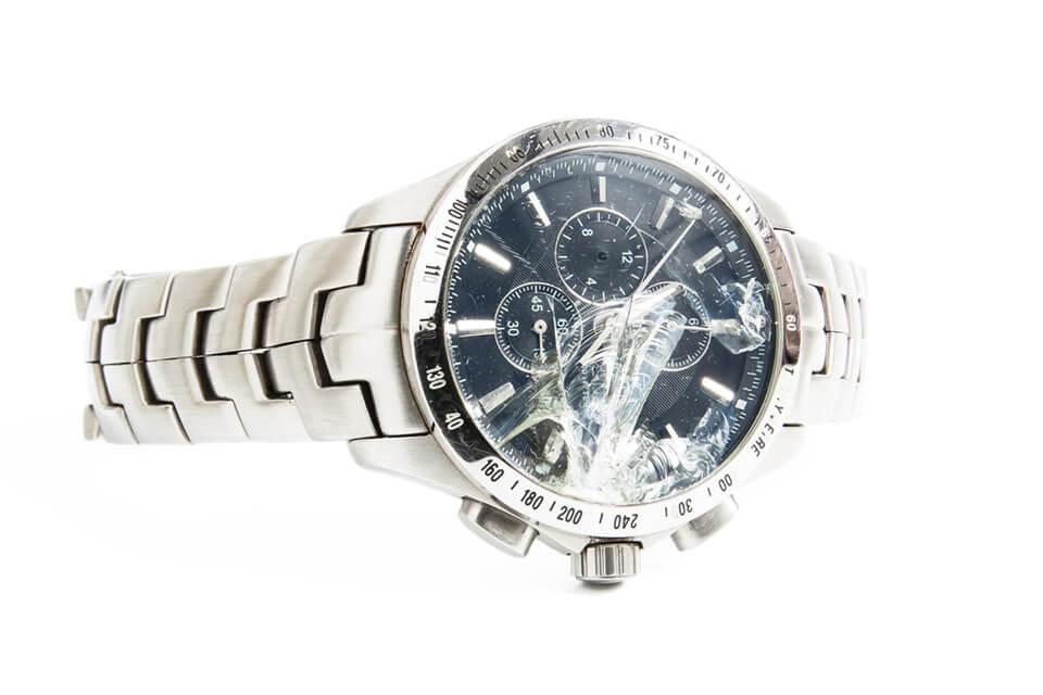 壊れた時計でも買取は可能?売れない時計はどんなもの?