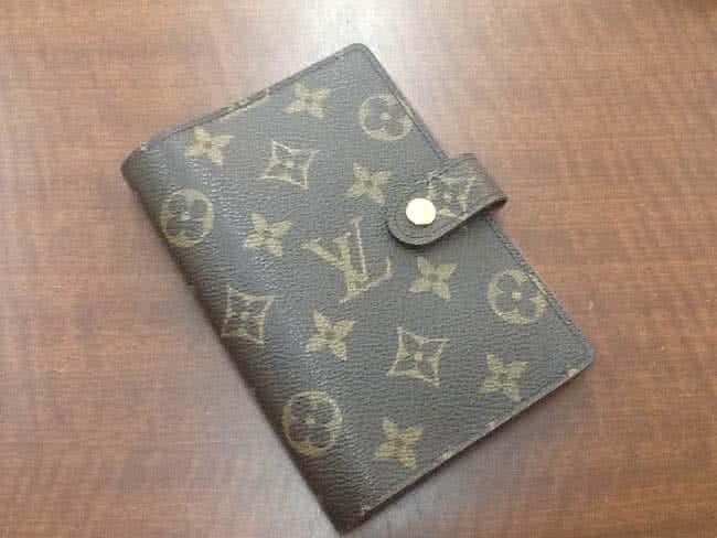 ヴィトン・モノグラム・アジェンダのバッグを買取 大阪 豊中店