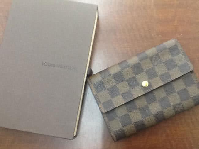 ヴィトン・ダミエ・三つ折りの財布を買取|大阪|豊中店