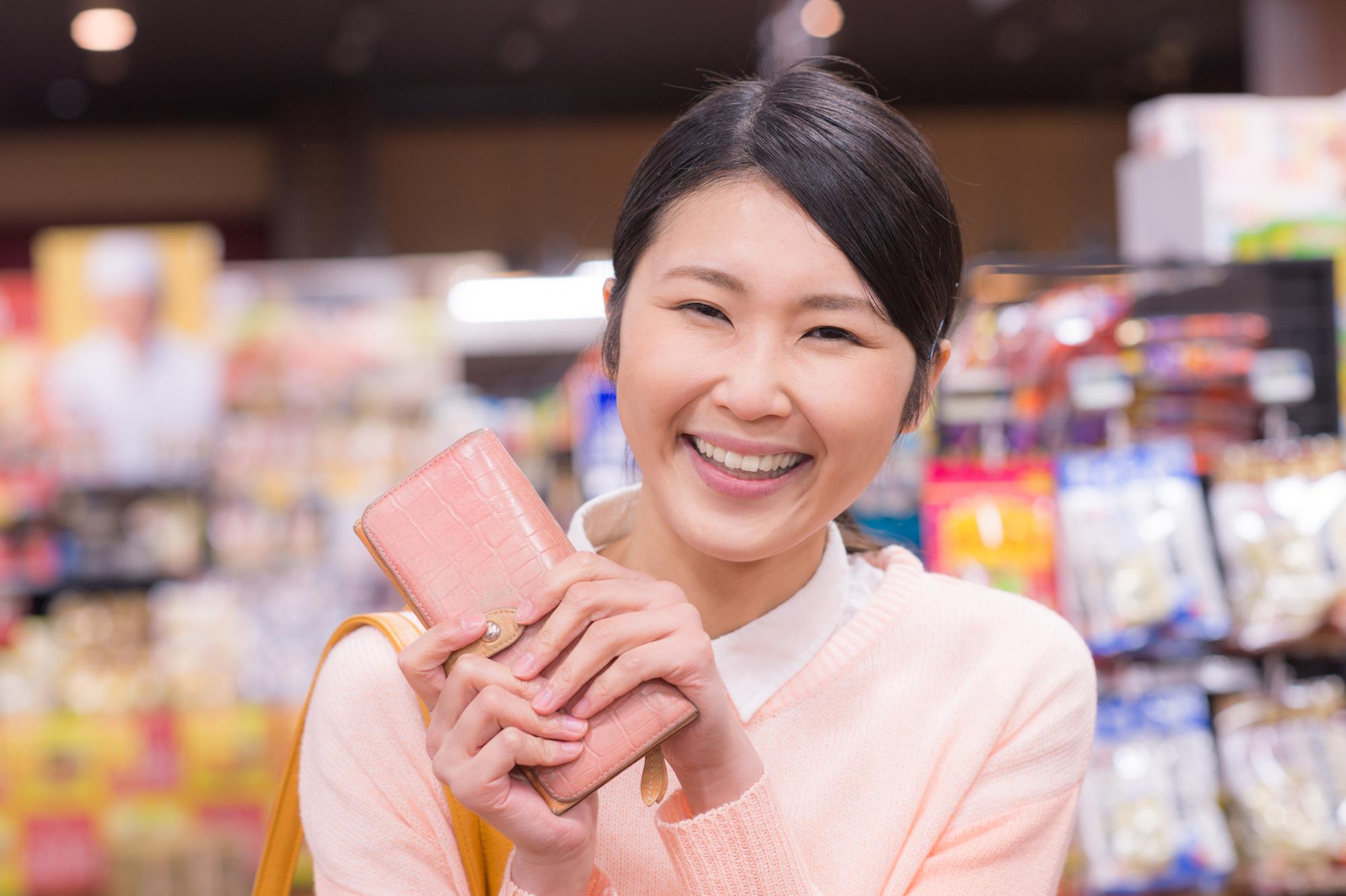 若い女性に人気の財布は高価買取になる?どんなブランドがいいの?