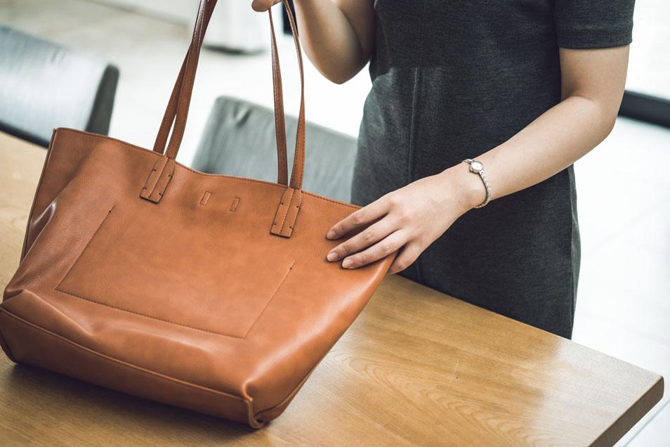 今こそブランドバッグを買取に出してリユースすべき理由