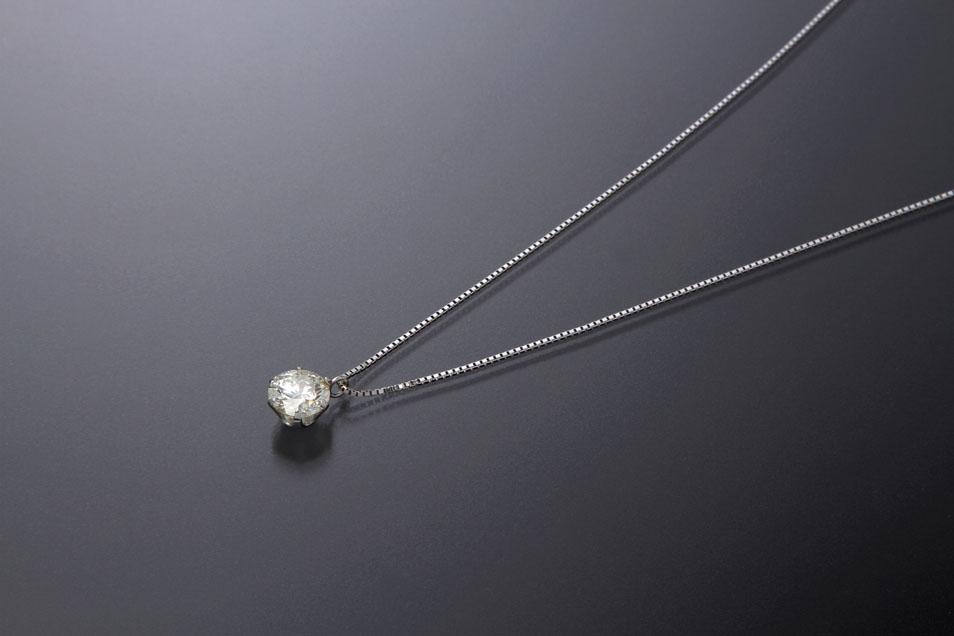 ダイヤモンドの価値を決めるポイント~「4C」で買取価格は決まる?