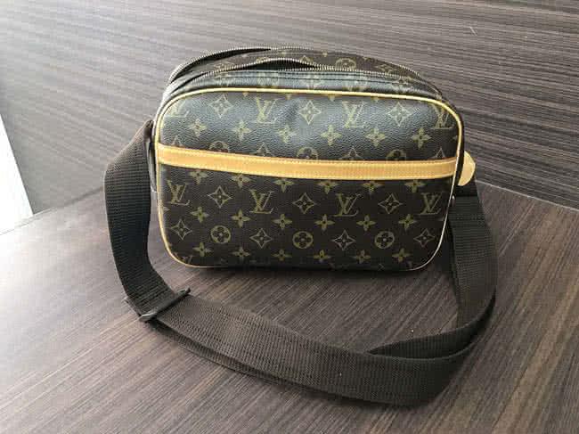 ヴィトン・モノグラム・リポーターのバッグを買取|愛知県|名古屋平針店