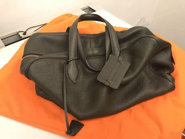エルメス・ヴィクトリア43のバッグを買取 名古屋 名古屋藤が丘店