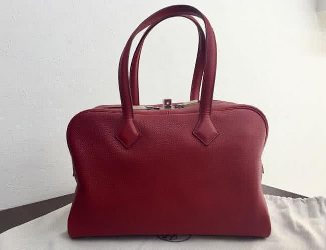 エルメス・ヴィクトリア 30・トリヨン・□Rのバッグを買取|神戸|夙川店