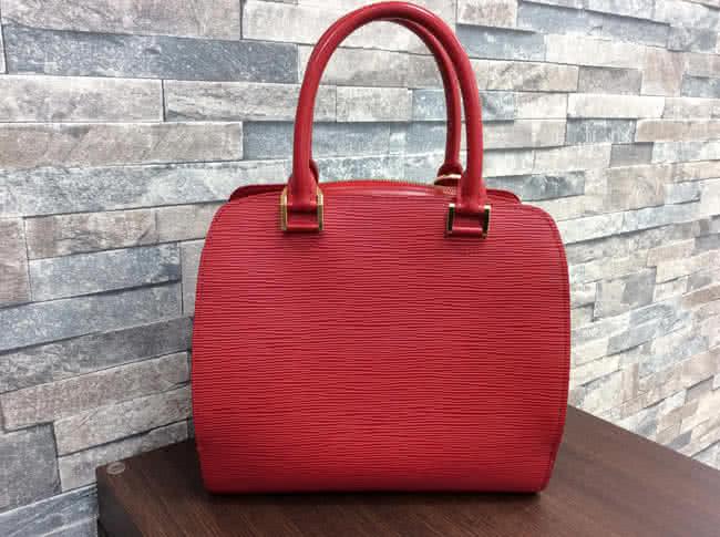 ヴィトン・エピ・ポンヌフのバッグを買取|大阪|リノアス八尾店