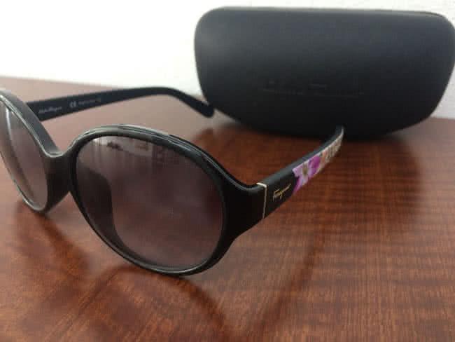 フェラガモ・SF872SAのサングラスを買取 大阪 豊中店